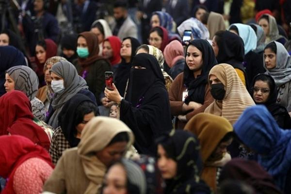 Taliban cai trị, phụ nữ Afghanistan trở lại 'địa ngục trần gian'