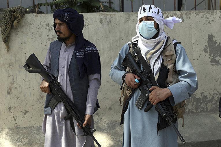 Lính đánh thuê Ukraine bị 'bỏ quên' tại căn cứ ở Kabul, Taliban đề nghị đầu hàng