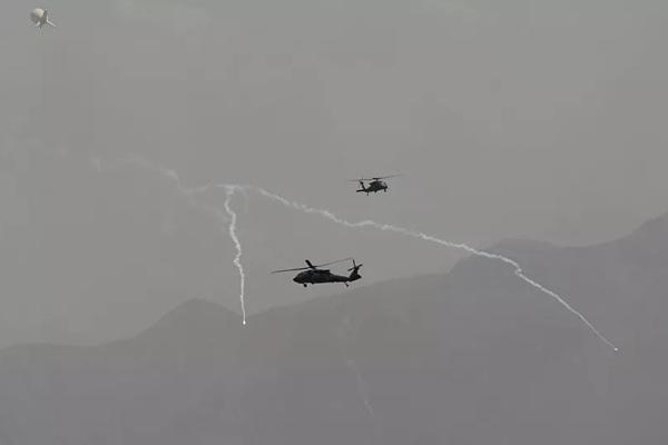 quân đội mỹ,Afghanistan,taliban,không kích,vũ khí