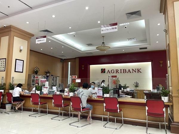 Ngân hàng kịp thời giảm lãi vay hỗ trợ khách hàng trong đại dịch