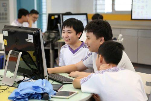 Nâng cao năng lực ứng xử văn hóa cho học sinh trong nhà trường