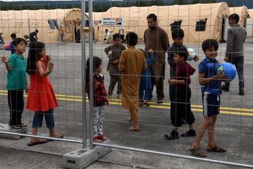 Cuộc sống của 7.000 người Afghanistan tại căn cứ lớn nhất của Mỹ ở Đức