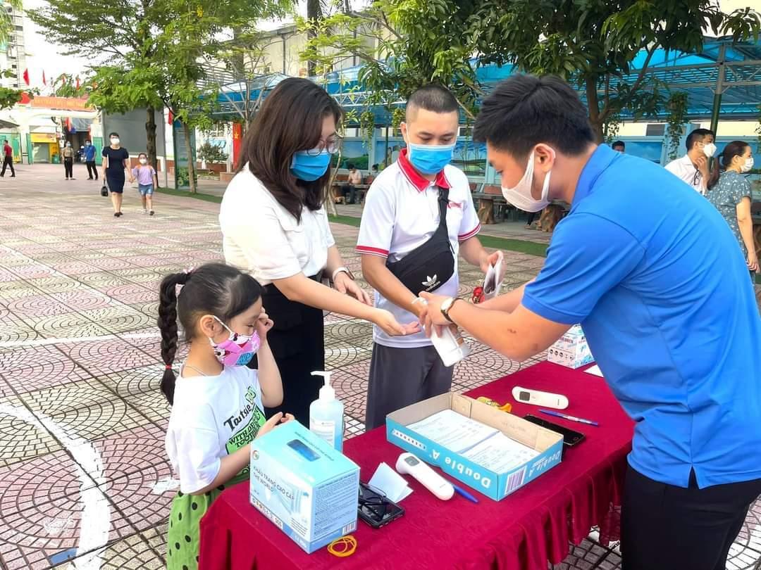 Thanh Hóa triển khai tiếp nhận học sinh 'mắc kẹt' ở quê học tạm trong năm học mới