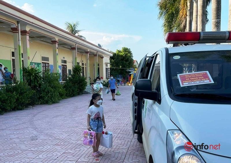 Tài xế tình nguyện chở F0: Lâu không về nhà, thấy vợ con ngoài đường rưng rưng nước mắt