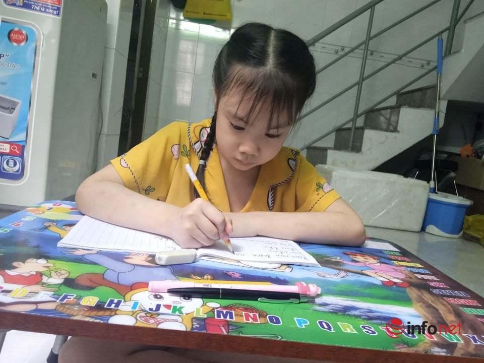 Trường hợp con lỡ hẹn lớp 1 vì thiếu tạm trú: Sở GD&ĐT TP.HCM mở đường cho 'tạm học'