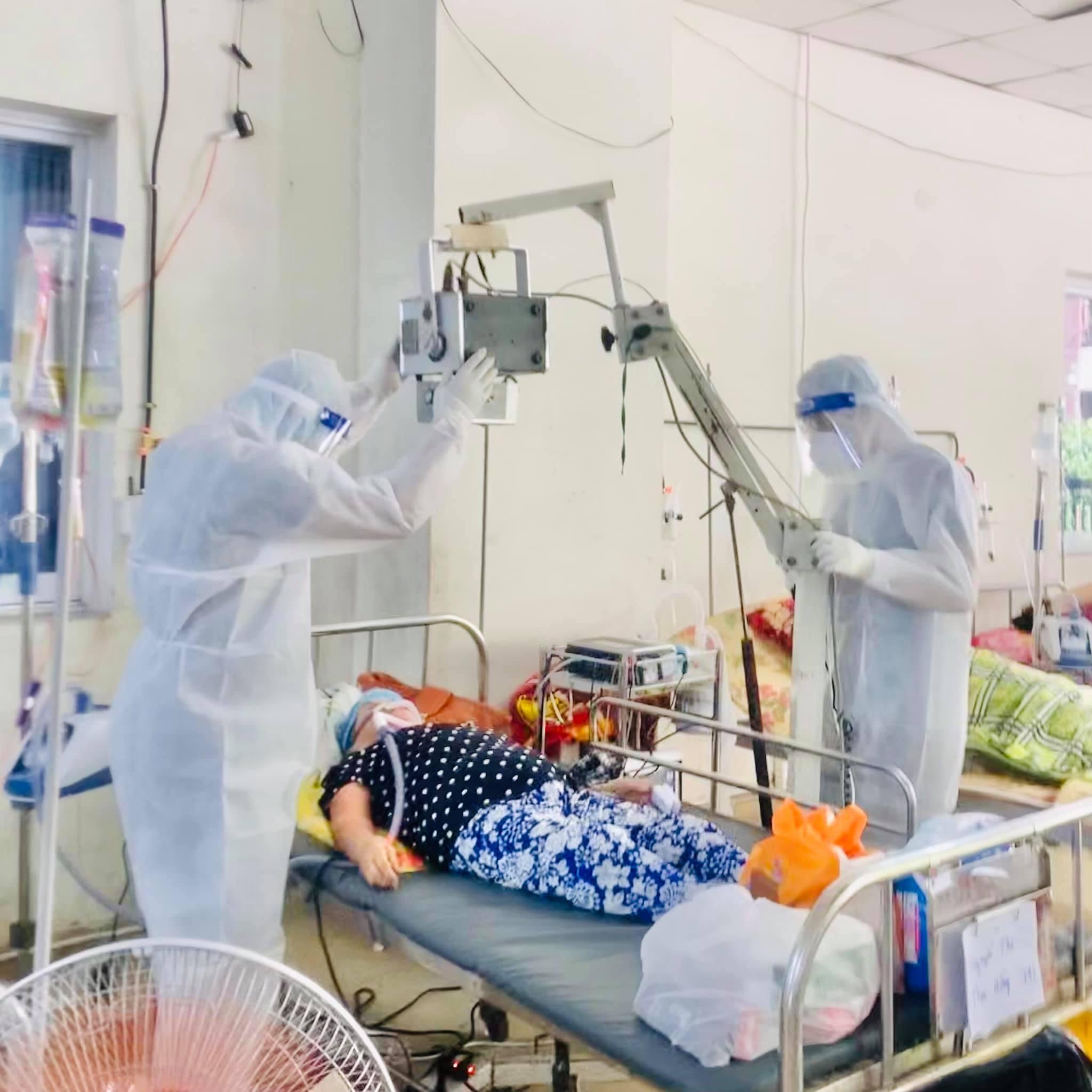 Bệnh viện tìm kiếm F0 khỏi bệnh chăm sóc người nhiễm Covid-19