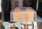 Xe 'luồng xanh' chở đồ chơi trẻ em không rõ nguồn gốc