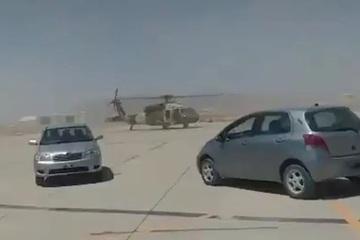 Taliban phô diễn kỹ năng điều khiển trực thăng hiện đại của Mỹ