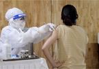 Người mắc bệnh gan tiêm vắc xin ngừa Covid-19 cần lưu ý gì?
