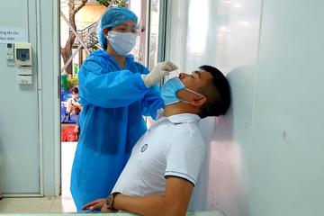 Giãn cách xã hội, khám chữa bệnh trái tuyến được hưởng đúng tuyến