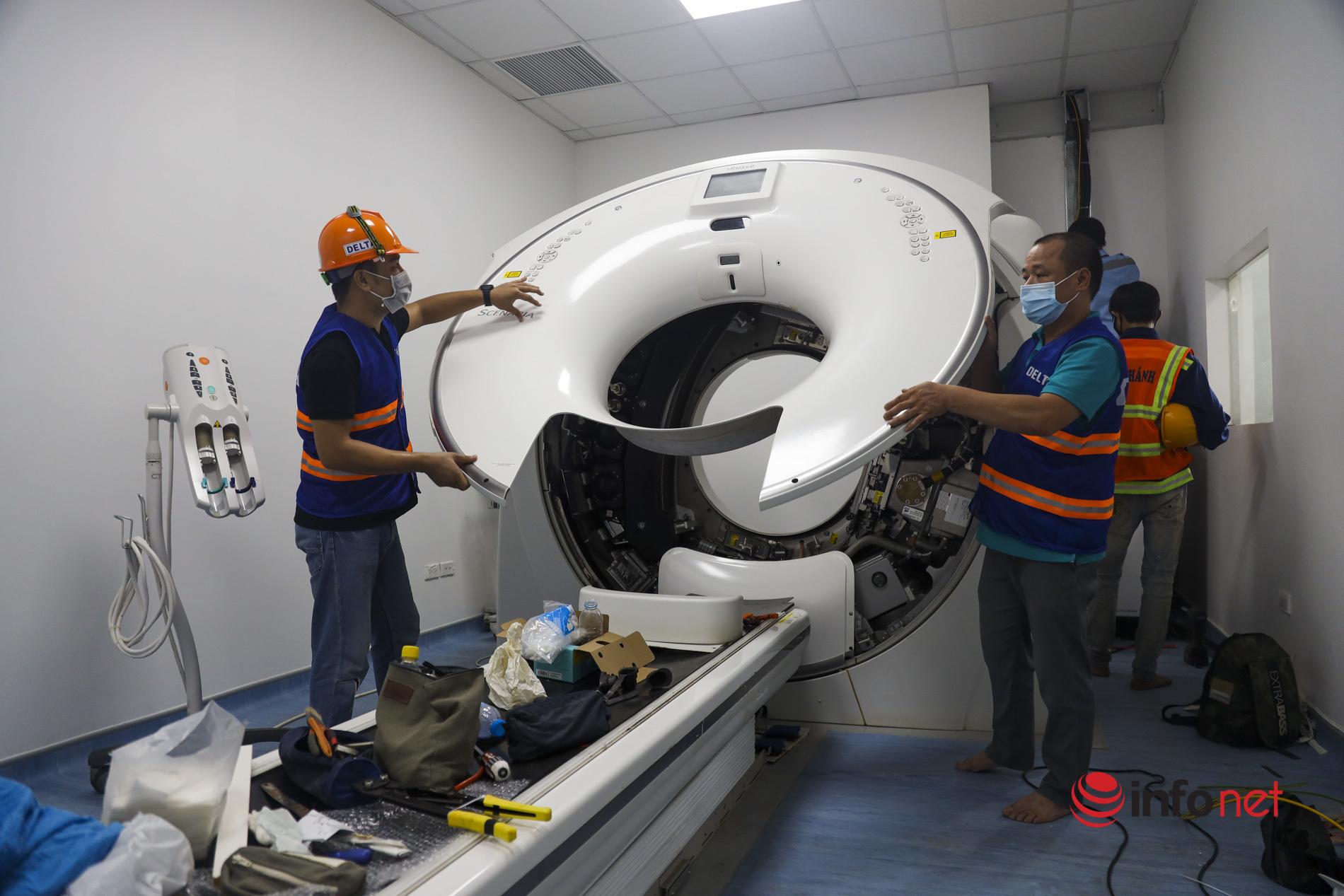 Mục sở thị bên trong bệnh viện dã chiến Hoàng Mai xây dựng 'thần tốc' quy mô 500 giường bệnh