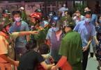 Điều tra vụ việc bé trai bị trói chân tay, dùng băng keo bịt miệng ở Thanh Hóa