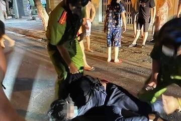 Thiếu niên dùng dao đâm hai người bị thương sau khi bị cấm chơi game bạo lực