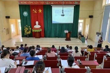 50 cán bộ y tế trường học ở Hoà Bình được tập huấn ATTP năm học mới