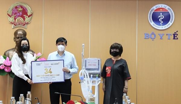 Tập đoàn TH trao tặng 34 máy thở phục vụ hồi sức tích cực bệnh nhân Covid-19 nặng