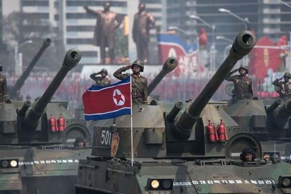 diễu binh,quân đội triều tiên,kim jong-un,vũ khí