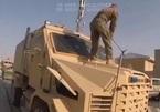 Cận cảnh quân đội Mỹ đập phá vũ khí ở Afghanistan trước khi rút quân