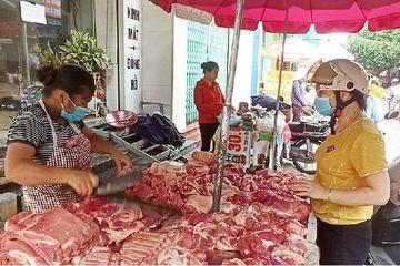 Mỗi con lợn lỗ hơn triệu, chủ nuôi lao đao, cuối năm lo thiếu thịt