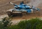 Đội Kyrgyzstan trở thành tân vương nội dung Tank Biathlon ở Bảng 2