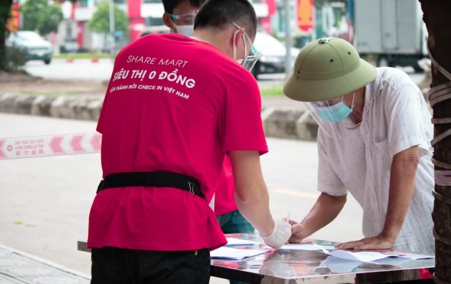 'Siêu thị 0 đồng' món quà yêu thương giúp người nghèo giữa đại dịch