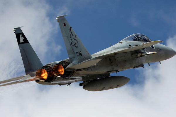 Hệ thống phòng không Syria bắn rơi hơn 20 tên lửa của Israel