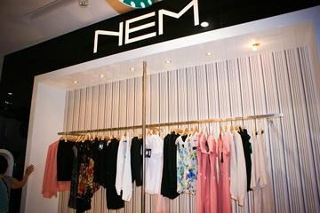 Đằng sau khoản nợ hàng trăm tỷ khiến ngân hàng rao bán 9 lần, thời trang NEM chậm thay đổi và 'ngủ quên trên chiến thắng'