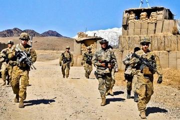 Lực lượng đặc nhiệm Anh 'chạy trốn' khỏi Afghanistan trong trang phục phụ nữ