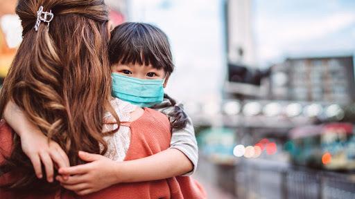 Tiêm vắc xin cho trẻ từ 12 – 18 tuổi, chuyên gia nói gì?