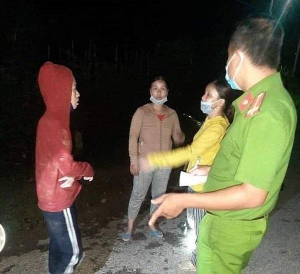 nhổ nấm,lạc trong rừng,Thừa Thiên Huế,tìm kiếm,mất liên lạc