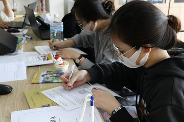 Đại học tung học bổng hỗ trợ tân sinh viên nhập học thời dịch bệnh