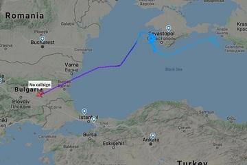 Máy bay Mỹ 'khiêu khích' đầy nguy hiểm gần biên giới Crimea