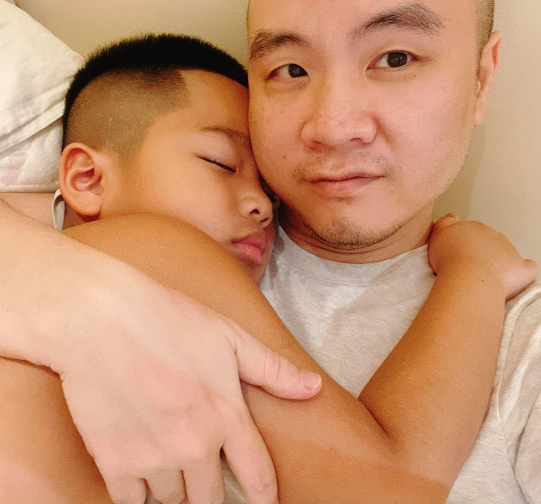 NTK Đỗ Mạnh Cường chia sẻ câu hỏi 'khó' của con trai nuôi khiến bao người xúc động