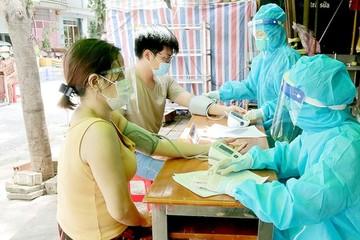 Bộ Y tế bỏ quy định đo huyết áp tất cả mọi người trước khi tiêm vắc xin Covid-19