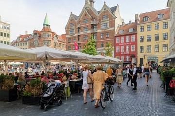 Vì sao Đan Mạch lập tức mở cửa, bỏ qua hộ chiếu vắc xin ở nội địa?