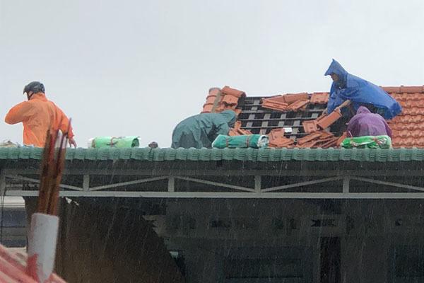 mưa lớn,gió lớn,bão số 5,Thừa Thiên Huế,nhà tốc mái,tàu thuyền,phòng chống bão