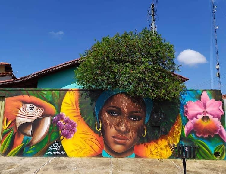 Hô biến cây cối hoa lá tự nhiên thành bức tranh đường phố tuyệt đẹp