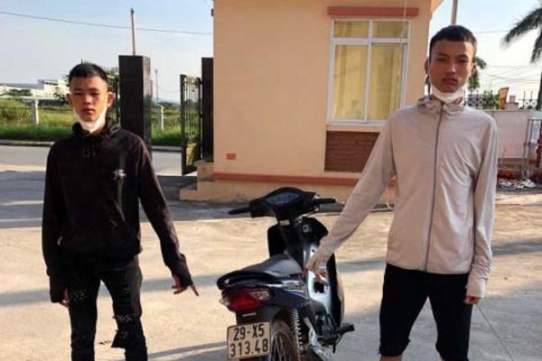Bắt nhóm thanh niên đua xe trái xe phép ở Bắc Giang