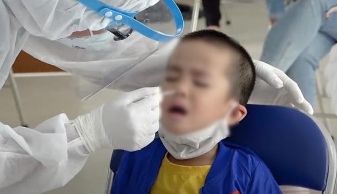 Hà Nội không bắt buộc xét nghiệm Covid-19 với trẻ em dưới 12 tuổi