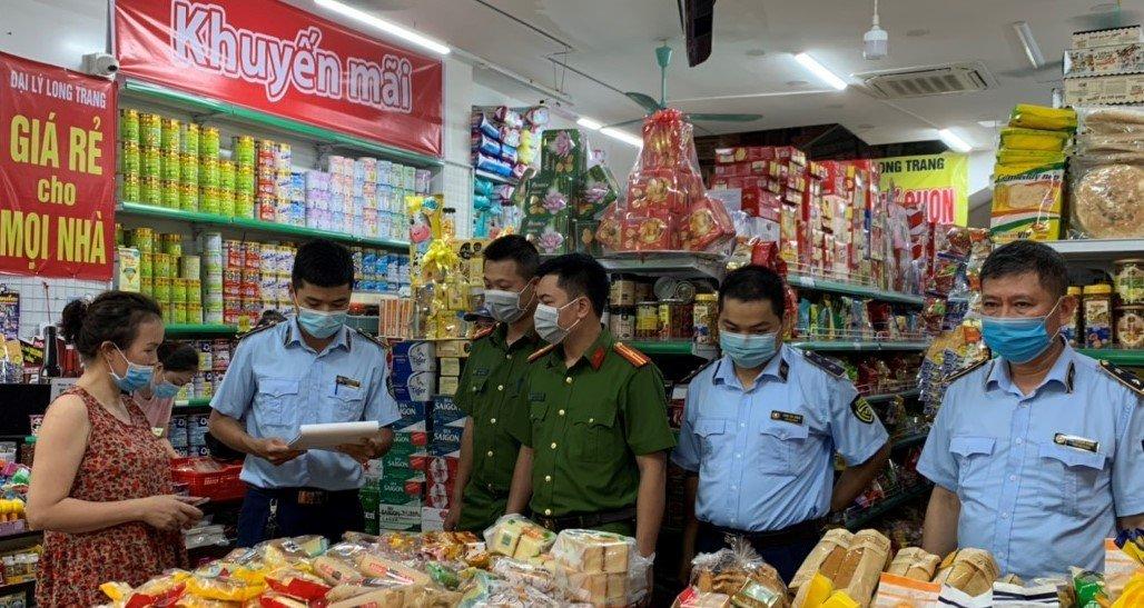 Nam Định tăng cường kiểm tra, kiểm soát thị trường đảm bảo an toàn thực phẩm dịp Tết Trung thu