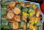 Bánh Trung thu siêu rẻ, bán theo cân tràn chợ mạng