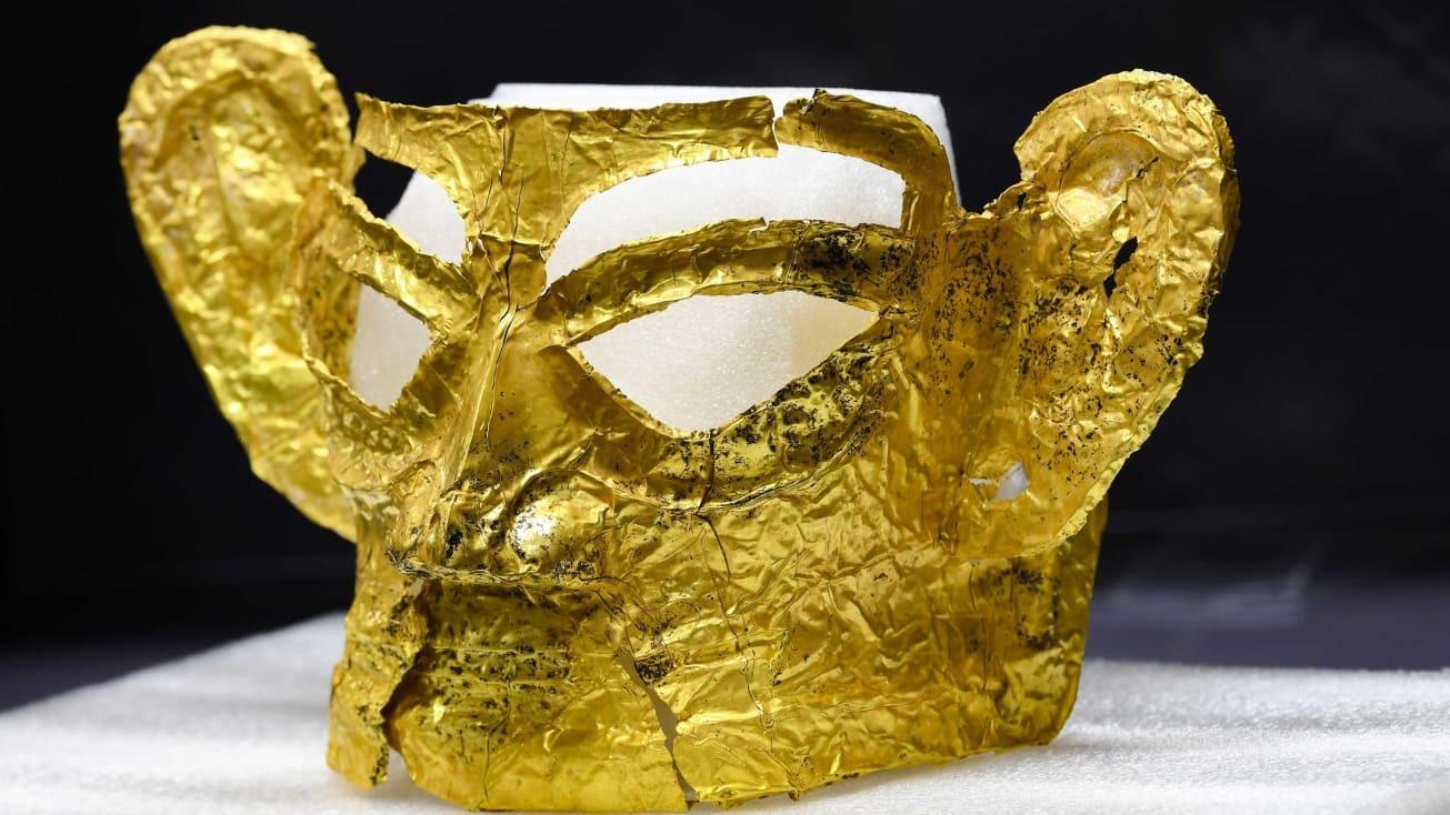 Tìm thấy mặt nạ vàng 3.000 năm tuổi ở Trung Quốc