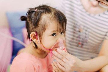 Mùa dịch, chăm sóc trẻ viêm đường hô hấp như thế nào?