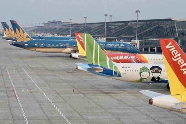 """Các hãng hàng không Việt Nam đang nợ như """"chúa chổm"""""""