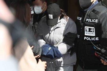 Người phụ nữ bỏ rơi em gái 3 tuổi chết đói trong nhà lĩnh án 20 năm tù