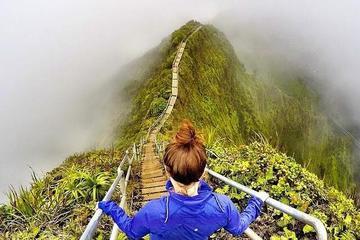 Chiêm ngưỡng nơi được gọi là 'nấc thang lên thiên đường' ở Hawaii