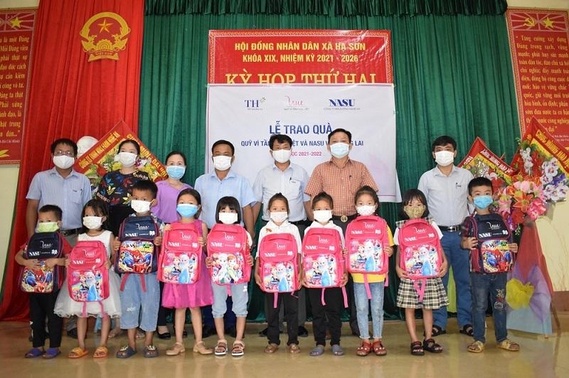 Mang trung thu yêu thương tới hàng nghìn trẻ em tại bệnh viện giữa đại dịch Covid-19