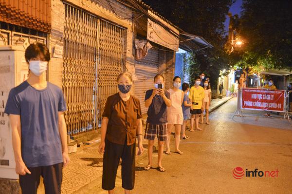 Hà Nội: Xét nghiệm 5.000 người tại khu vực có 9 ca dương tính quận Long Biên