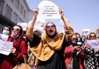 Chính quyền mới của Afghanistan cấm lao động nữ ở Kabul đi làm