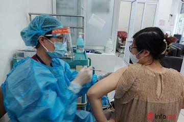 Bà bầu tiêm vắc xin phòng Covid-19 bị sốt có nguy hiểm, cần làm gì nếu sốt trên 38 độ C?
