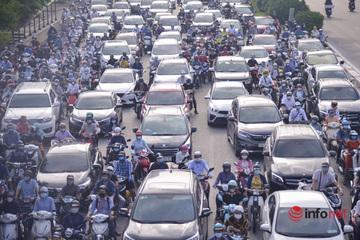 Các ngả đường ùn tắc trong ngày đầu Hà Nội không kiểm tra giấy đi đường